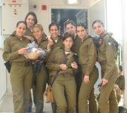 izraelio-moterys