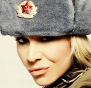 KGB_Moteris_180