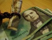 pinigai2