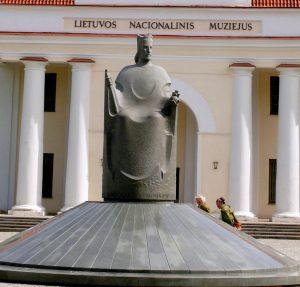 Karalius Mindaugas. Skulptorius - Regimantas Midvikis. Vytauto Visocko (Slaptai.lt) nuotr.