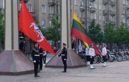 Birželio sukilimo miėjimas Vilniuje.