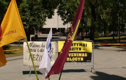 Protesto akcija prie Vyriausybės rūmų