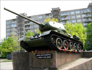 Tuometinio Kaliningrado simbolis - tankas