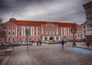 Talinas. Estijos parlamentas. Čia netrukus bus renkamas naujasis Estijos prezidentas.