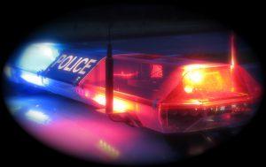 Policija skuba į nelaimės vietą.