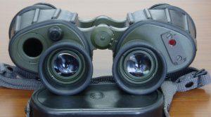 Binoklis. Per kokių žiūronų - lietuviškų ar rusiškų - stiklus žvelgiame į pasaulį?