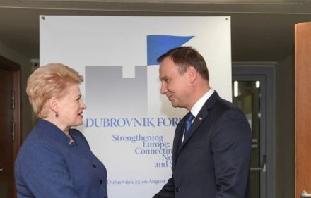 Lietuvos prezidentė Dalia Grybauskaitė ir Lenkijos prezidentas Andžėjus Dūda susitikimo Dubrovnike metu.