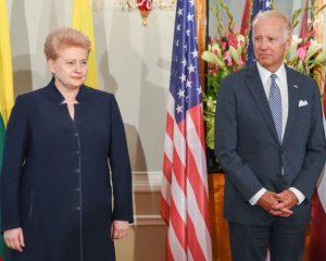 Lietuvos Prezidentė Dalia grybauskaitė ir JAV viceprezidentas Džozefas Baidenas. Lietuvos prezidento kanceliarijos nuotr.