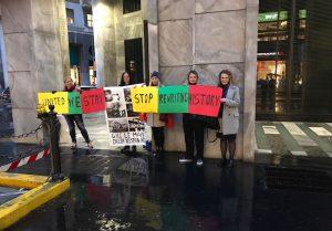 Milano lietuvių bendruomenės nariai prie Mondadori knygyno Milane surengė taikų protestą prieš propagandinę G.Sapožnikovos knygą.