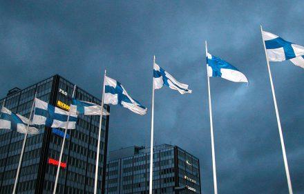 Pagrindinis Suomijos simbolis - nacionalinė vėliava.