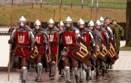 aip ginklavosi senovės lietuvių kariai. Vytauto Visocko (Slaptai.lt) nuotr.