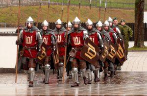 Taip ginklavosi senovės lietuvių kariai. Vytauto Visocko (Slaptai.lt) nuotr.