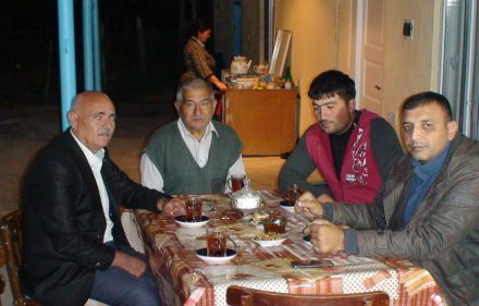 Svečiuose pas Kapanly kaimo azerbaidžaniečius. Slaptai.lt nuotr.