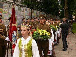 Kariai pagerbia Lietuvos laisvės gynėjų atminimą. Vytauto Visocko (Slaptai.lt) nuotr.
