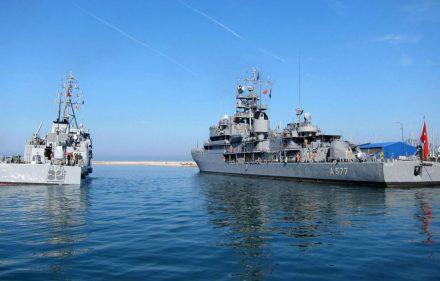 Laivai - iš NATO jūrinių pajėgų Nuolatinės parengties priešmininių laivų 1 grupės junginio (angl. Standing NATO Mine Countermeasures Group One, SNMCMG1).