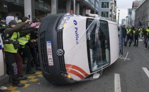 Belgijos sostinėje Briuselyje protestuotojai susirėmė su