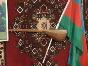 Azerbaidžaniečių tautinis muzikos instrumentas. Slaptai.lt nuotr.