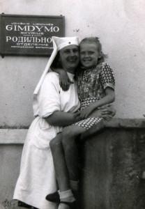 Mano Mama su mano Senele