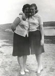 Mano Senelė ir mano Mama