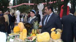 Azerbaidžanietiški vaisiai svečiams - nemokami