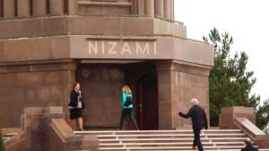 Nizami mauzoliejus stebina savo didingumu