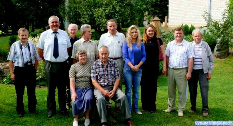 Z. ir V. Cirvinskai su svečiais iš Vilniaus ir Šiaulių apskrities