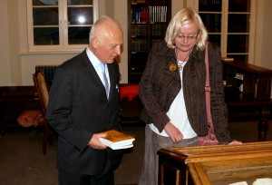 Prof.dr. Jolanta Zaborskaitė (LKI) ir prof.dr. Bonifacas Stundžia (VU)