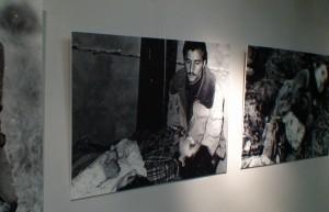 Azerbaidžanietis, gedantis nužudyto kūdikio