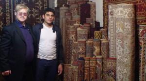 Kiek kainuoja suvenyriniai Azerbaidžano kilimai. Slaptai.lt nuotr.