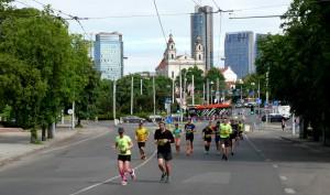 Visi bėga (1)