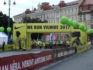 Visi bėga (25)