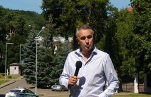 Petras Auštrevičius - prie Rusijos ambasados Vilniuje. Slaptai.lt nuotr.