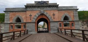 Nikolajaus vartai.