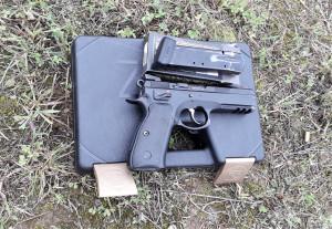 Dar vienas pistoletas. Slaptai.lt nuotr.