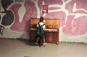 Jaunoji pianistė. Slaptai.lt nuotr.