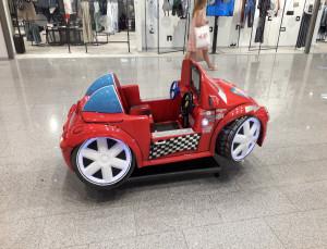 Vaikiška mašinytė. Slaptai.lt nuotr.