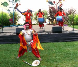 Temperamentingas šokėjas iš Azijos. Vytauto Visocko nuotr.