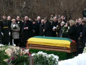 In Memoriam (32)