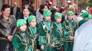 Azerbaidžaniečių tautiniai rūbai - įvairiausių spalvų