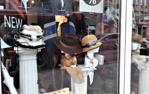 Moteriškos skrybėlės. Slaptai.lt nuotr.