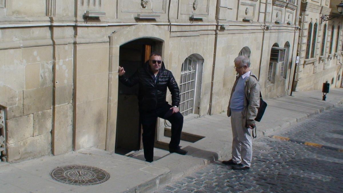 Čia toji Baku gatvė, kur buvo filmuojama Brilinantinė ranka.