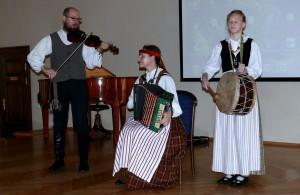 Apginkime lietuvių kalbą (4)