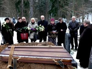 Rašytojo Jono Mikelinsko laidotuvės (5)