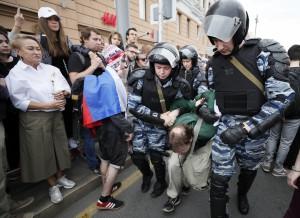 Rusijoje išvaikomas protesto mitingas (1)