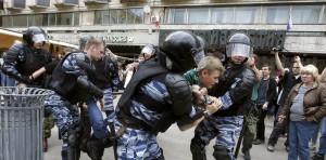 Rusijoje išvaikomas protesto mitingas (2)