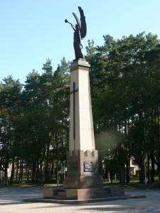 Alytus. Atstatytas Laisvės angelas. Skulptorius Antanas Aleksandravičius