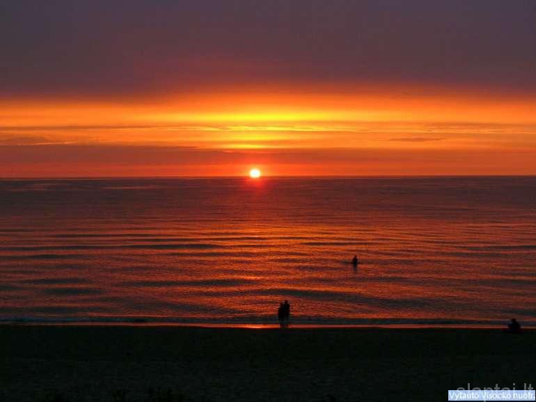 Saulėlydis Gdansko įlankoje