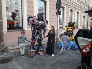 Robotas, stovintis Totorių gatvėje. Slaptai.lt nuotr.