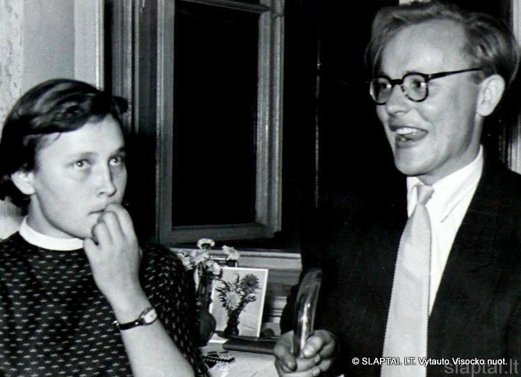 T.Ramanauskaitė-Pažūsienė ir A.Girdenis