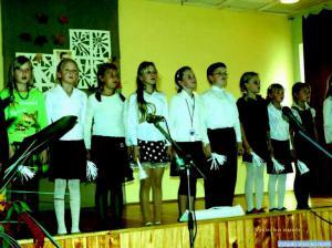 Scenoje Kriūkų mokyklos moksleiviai